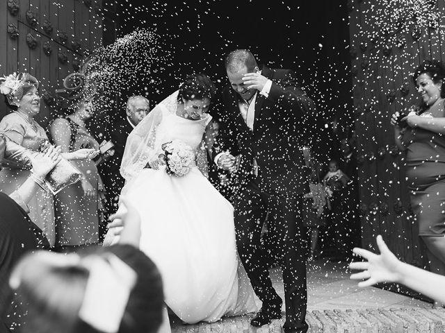 La boda de Pablo y María en Lepe, Huelva 48