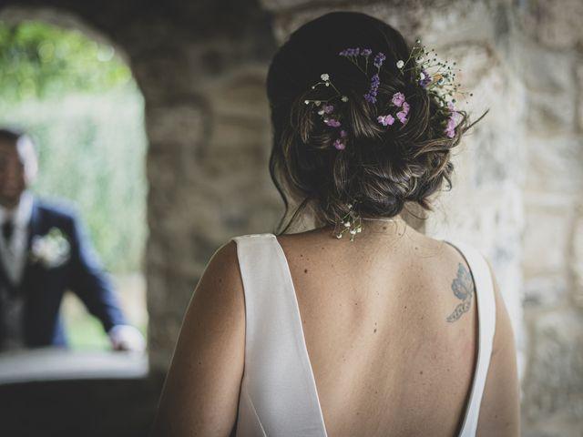 La boda de David y Esther en Sant Ferriol, Girona 25