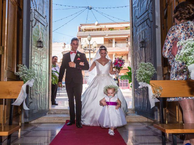 La boda de Pablo y Esmeralda en Mutxamel, Alicante 32