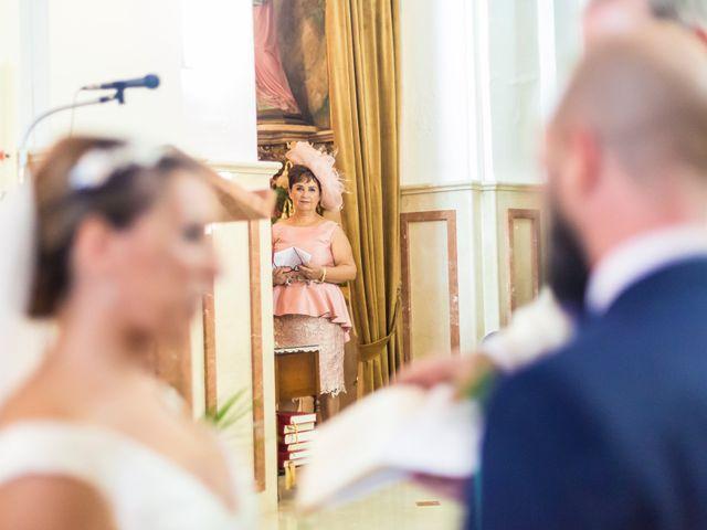 La boda de Pablo y Esmeralda en Mutxamel, Alicante 37