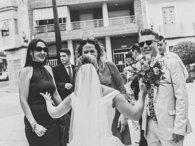 La boda de Pablo y Esmeralda en Mutxamel, Alicante 40