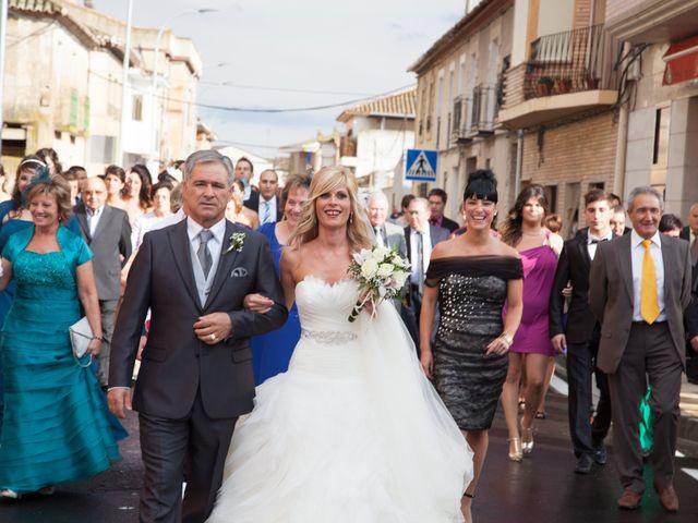 La boda de Sandra y Víctor en Ribaforada, Navarra 5