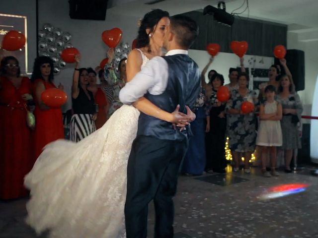 La boda de Isra y Laura en Medina Del Campo, Valladolid 32