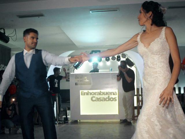 La boda de Isra y Laura en Medina Del Campo, Valladolid 33