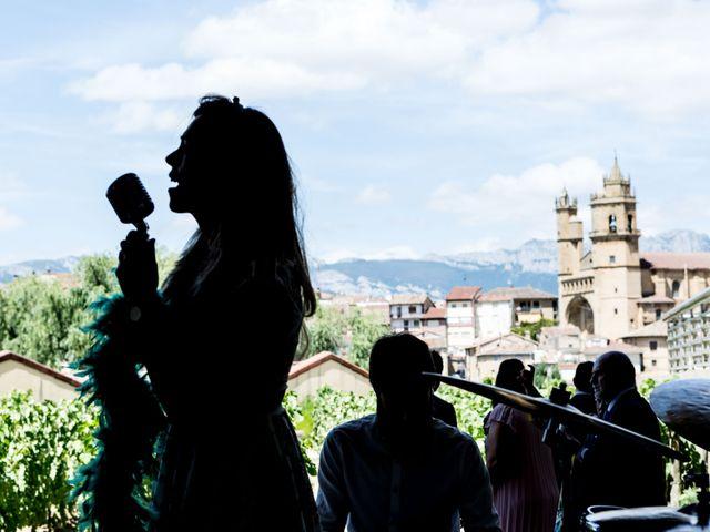 La boda de Andoni y Paula en Elciego, Álava 102