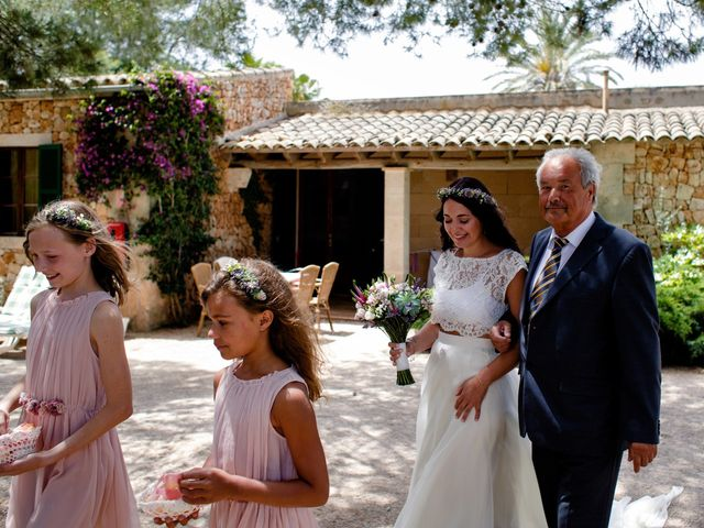 La boda de David y Lissa en Campos, Islas Baleares 32