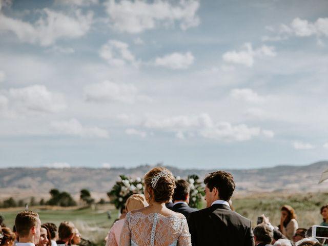 La boda de Reham y Carlos en Alcalá De Henares, Madrid 19
