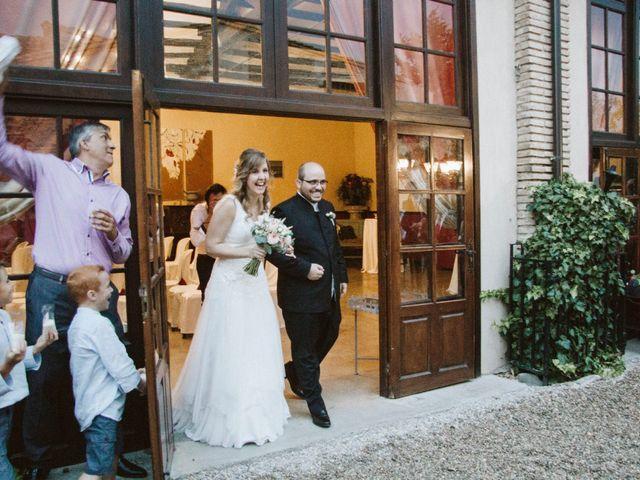 La boda de Víc y Cel en San Juan Mozarrifar, Zaragoza 46
