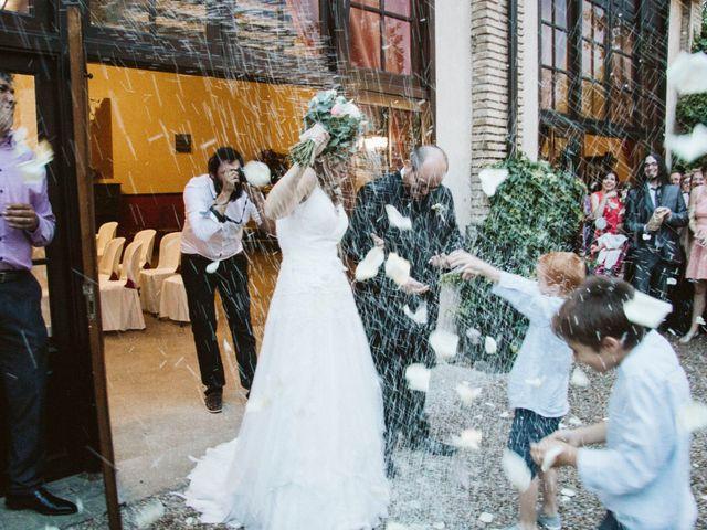 La boda de Víc y Cel en San Juan Mozarrifar, Zaragoza 49