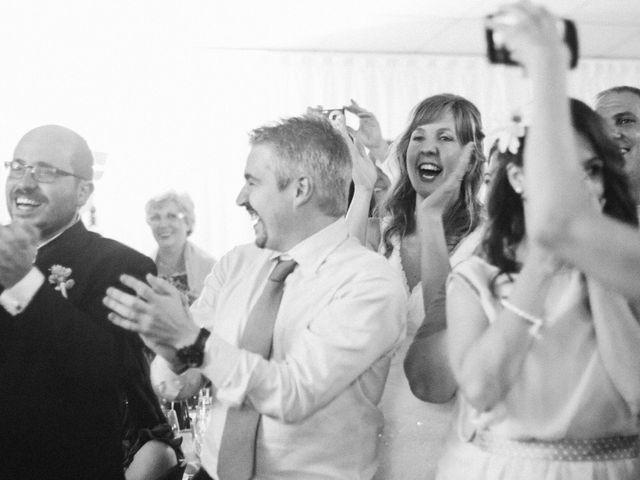 La boda de Víc y Cel en San Juan Mozarrifar, Zaragoza 68