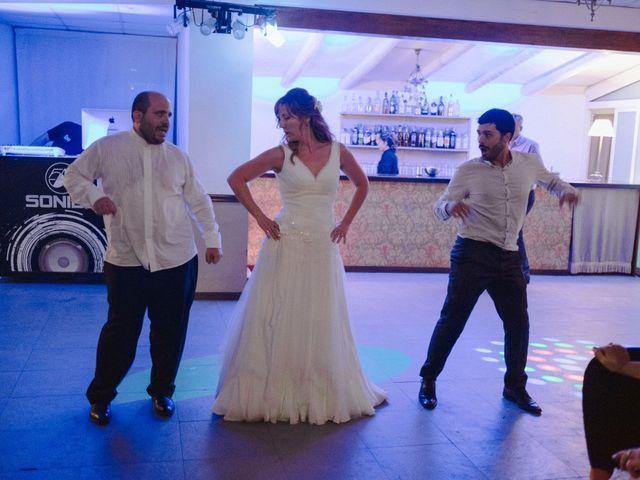 La boda de Víc y Cel en San Juan Mozarrifar, Zaragoza 75