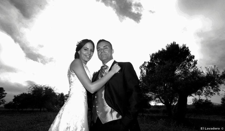 La boda de Pedro y Sara en Almoharin, Cáceres
