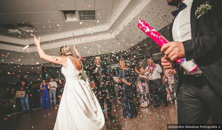 La boda de Dani y Lis en Monforte Del Cid, Alicante