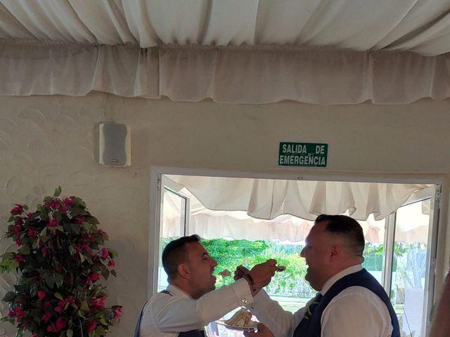La boda de Jose  y Javi  en Dos Hermanas, Sevilla 6