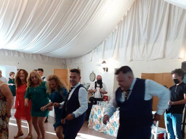 La boda de Jose  y Javi  en Dos Hermanas, Sevilla 7