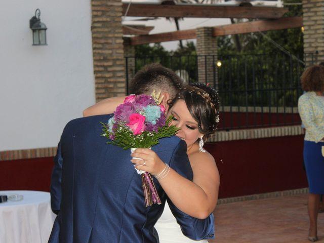 La boda de Jose y Laura en Arahal, Sevilla 16