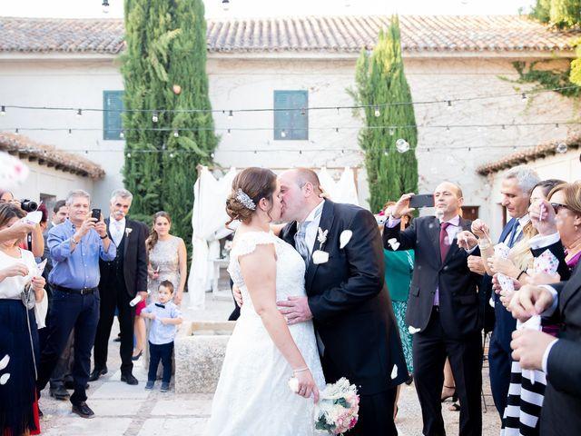 La boda de Julián y Marta en Chinchon, Madrid 2