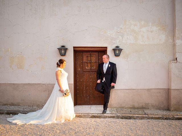 La boda de Julián y Marta en Chinchon, Madrid 32