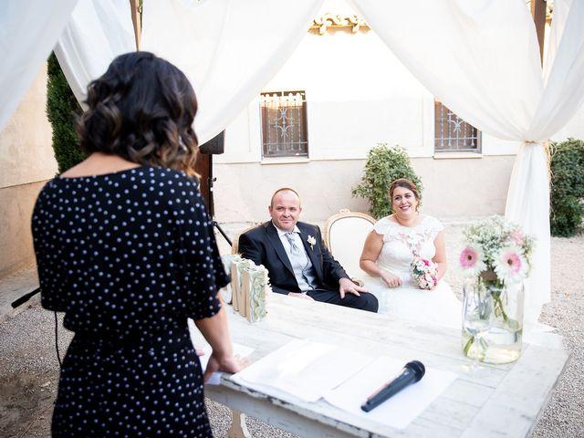 La boda de Julián y Marta en Chinchon, Madrid 17