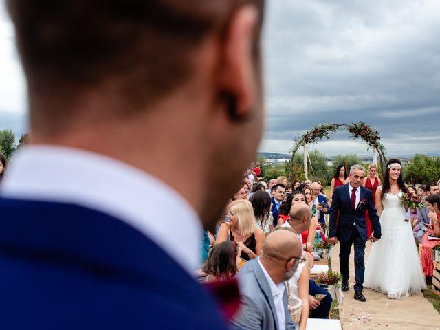 La boda de Carla y Alan en Sant Cugat Sesgarrigues, Barcelona 36
