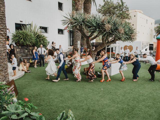 La boda de Emilio y Fabiola en La Victoria De Acentejo, Santa Cruz de Tenerife 2
