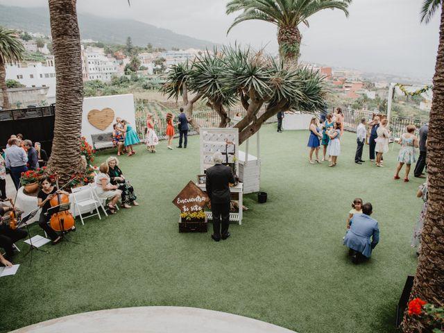 La boda de Emilio y Fabiola en La Victoria De Acentejo, Santa Cruz de Tenerife 18