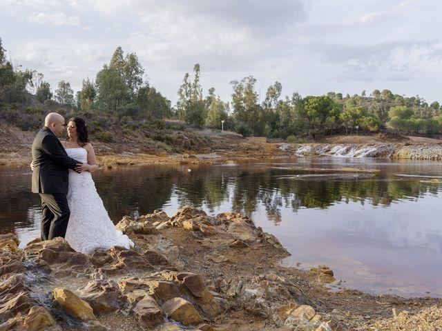 La boda de Manuel y Mariló en Huelva, Huelva 32