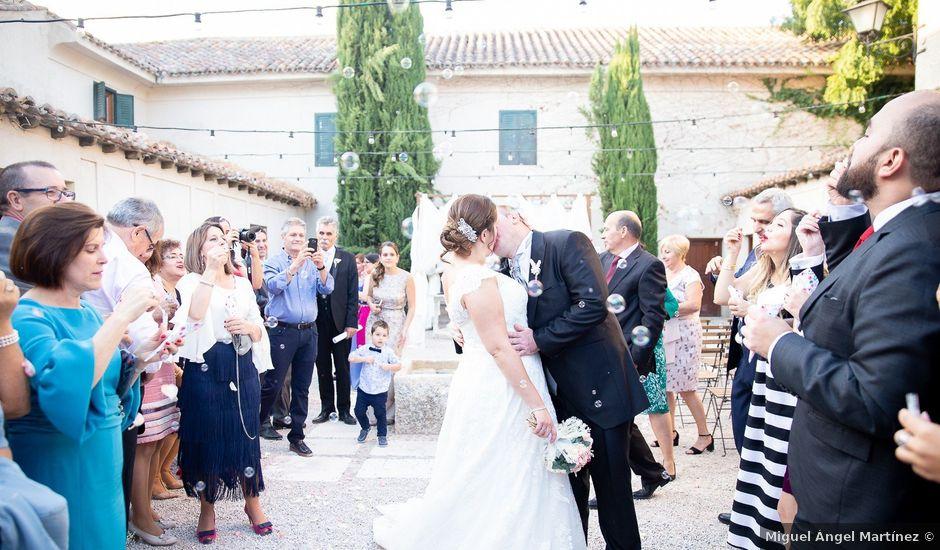La boda de Julián y Marta en Chinchon, Madrid