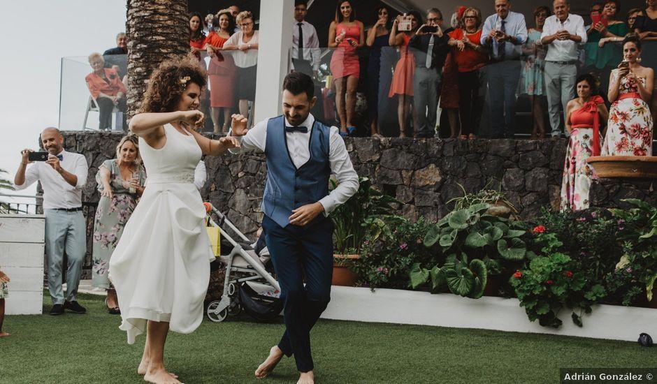 La boda de Emilio y Fabiola en La Victoria De Acentejo, Santa Cruz de Tenerife
