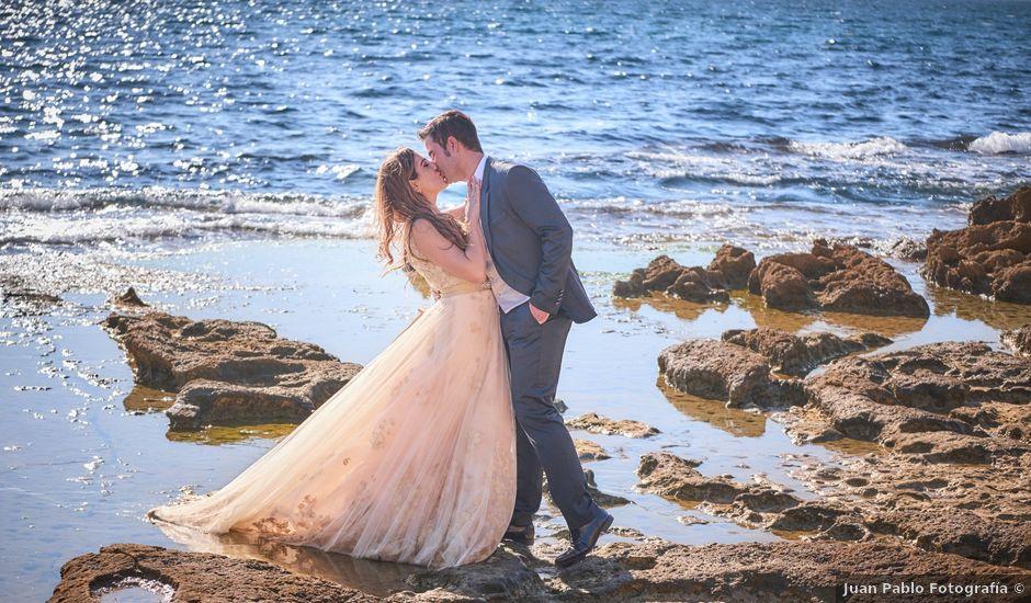 La boda de Raúl y Lorena en Alacant/alicante, Alicante