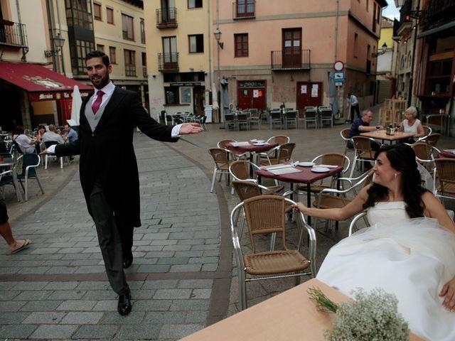 La boda de Jerónimo y Arantxa en Cembranos, León 23