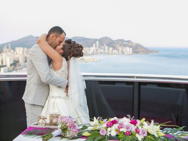 La boda de Rayco y Yaiza  en Benidorm, Alicante 3