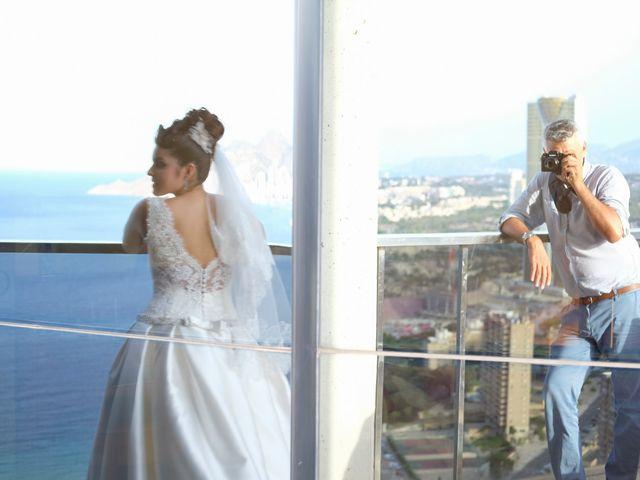 La boda de Rayco y Yaiza  en Benidorm, Alicante 30