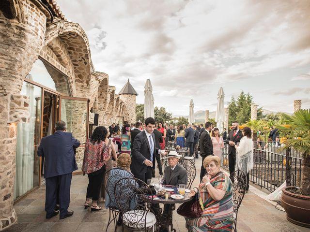 La boda de Luis y Iga en Mangiron, Madrid 43