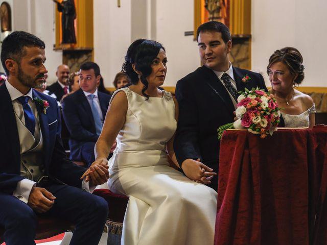 La boda de Antonio y María en Oviedo, Asturias 15