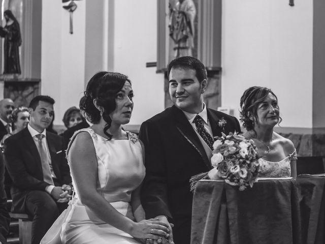 La boda de Antonio y María en Oviedo, Asturias 16