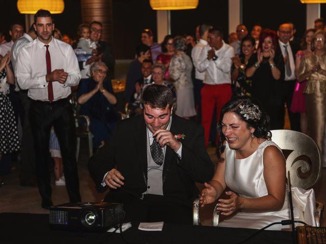 La boda de Antonio y María en Oviedo, Asturias 21