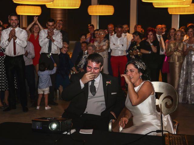 La boda de Antonio y María en Oviedo, Asturias 22