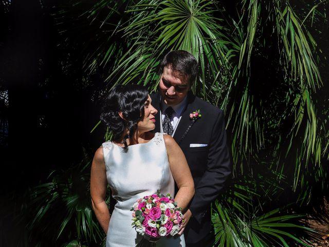 La boda de Antonio y María en Oviedo, Asturias 24