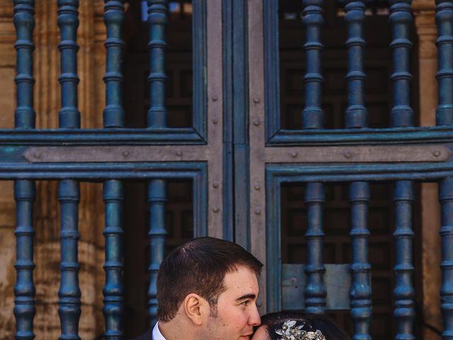 La boda de Antonio y María en Oviedo, Asturias 27