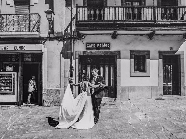 La boda de Antonio y María en Oviedo, Asturias 33
