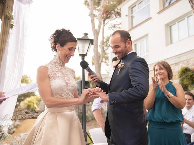 La boda de Xavi y Lisi en Platja D'aro, Girona 30