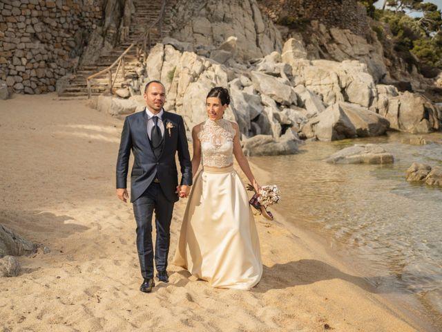 La boda de Xavi y Lisi en Platja D'aro, Girona 31