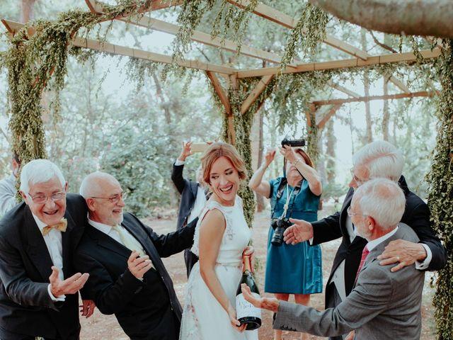 La boda de Cristian y Isabel en Valencia, Valencia 23