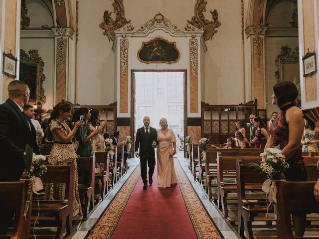 La boda de Carlos y Marta en Valencia, Valencia 33