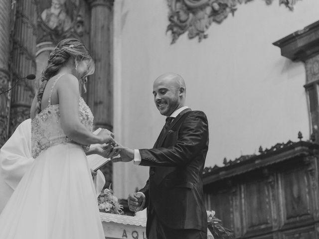 La boda de Carlos y Marta en Valencia, Valencia 39