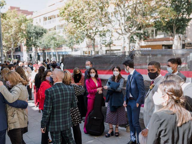 La boda de Debora y Josue en Barcelona, Barcelona 43