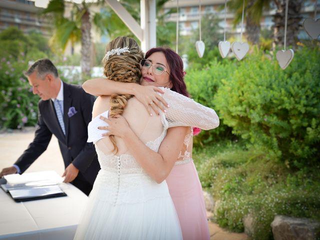 La boda de David y Laura en La Pineda, Tarragona 14