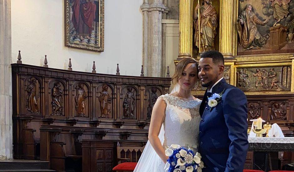 La boda de Merlín  y Mairoby en Ciudad Real, Ciudad Real