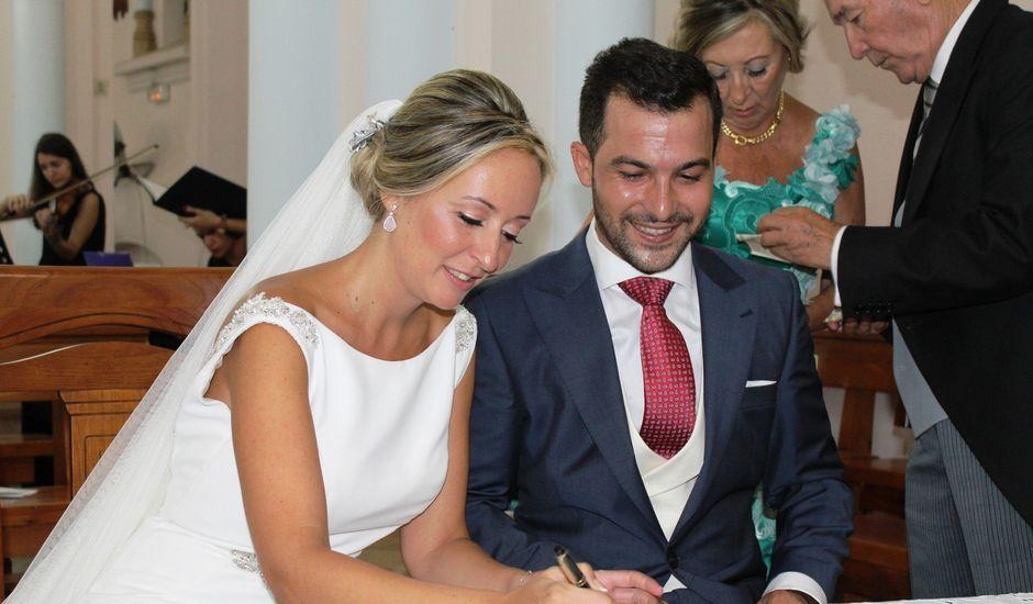La boda de Enrique y María en Huelva, Huelva